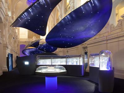 Van Cleef & Arpels Exhibit - L'Art de la Haute Joaillerie